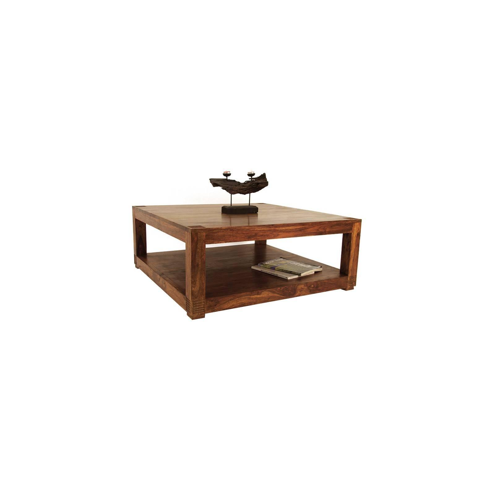 Table basse carrée au style primitif. Inspiration africaine