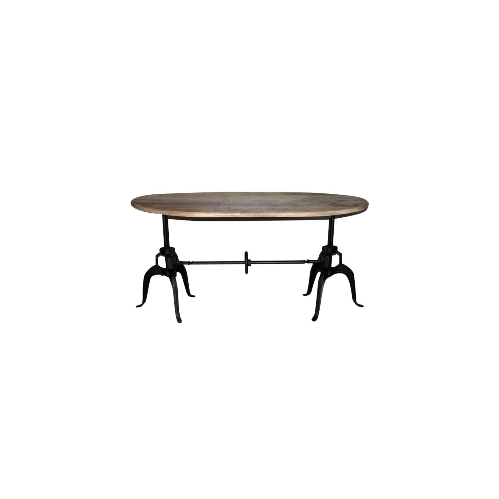 Table de salle ovale. Inspiration déco industrielle avec les meubles Fabric